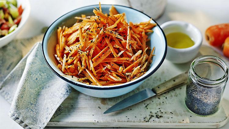 Свежая морковь перед употреблением