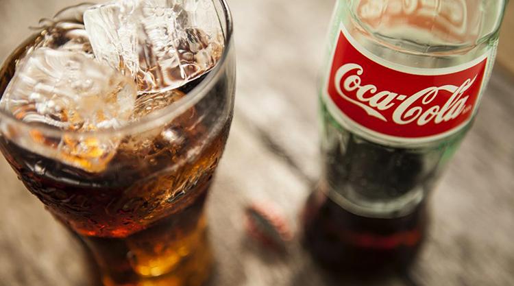 Кока-кола перед употреблением
