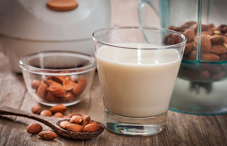 Готовое к употреблению молоко