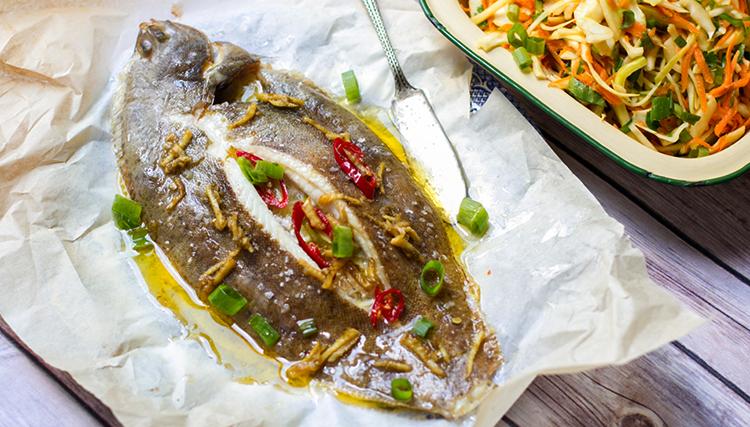 Есть ли у рыб язык и как они им пользуются-