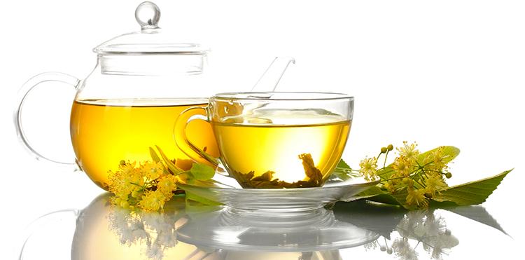 Свежий чай из липы