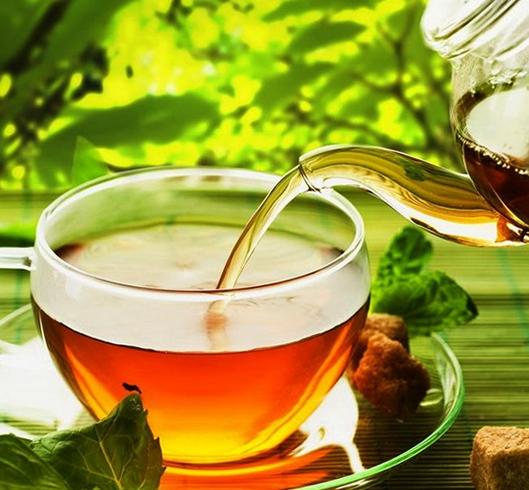 Налитие чая