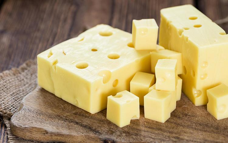 Сыр прямоугольниками