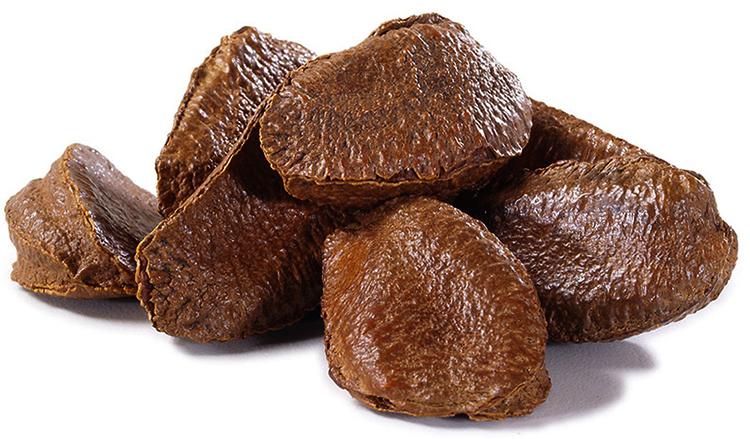 Свежий бразильский орех