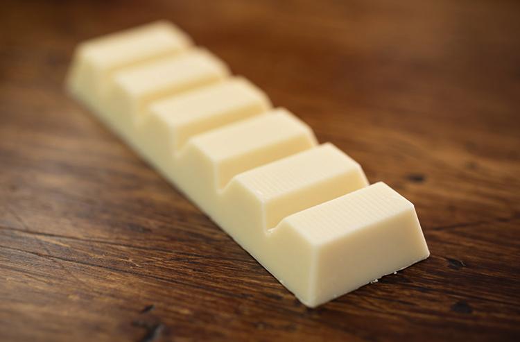 Кусочек белого шоколада