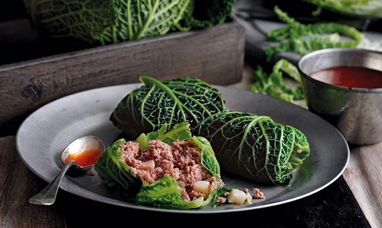 Блюдо с савойской капустой