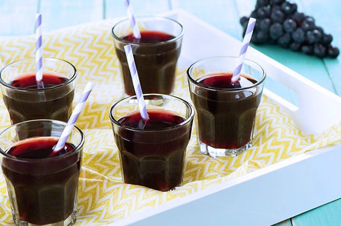 5 стаканов с соком