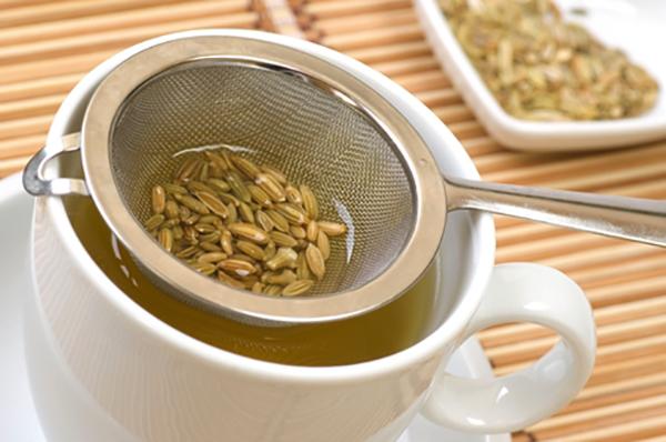 Приготовление чая с фенхелем