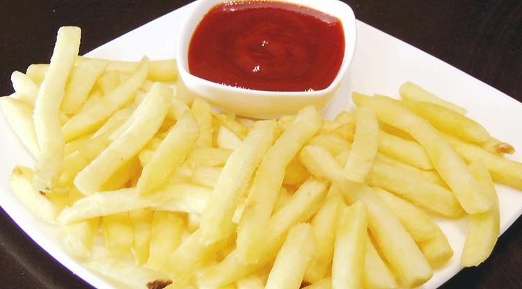 Картофель фри с соусом