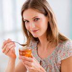 Мед утром натощак — польза и вред
