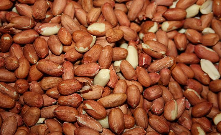 Очищенный арахис
