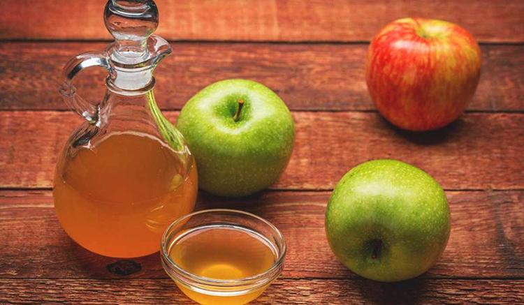 Перед приемом яблочного уксуса