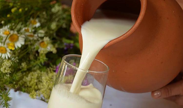 Разлив молока