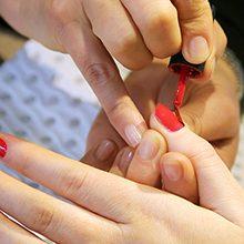 Чем может быть вреден шеллак для ногтей