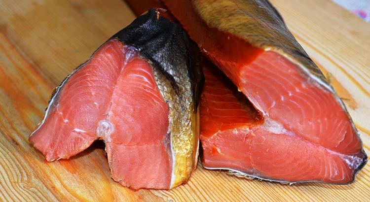Свежая рыба саворин