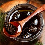 Варенье из шишек сосны: полезные свойства и вред