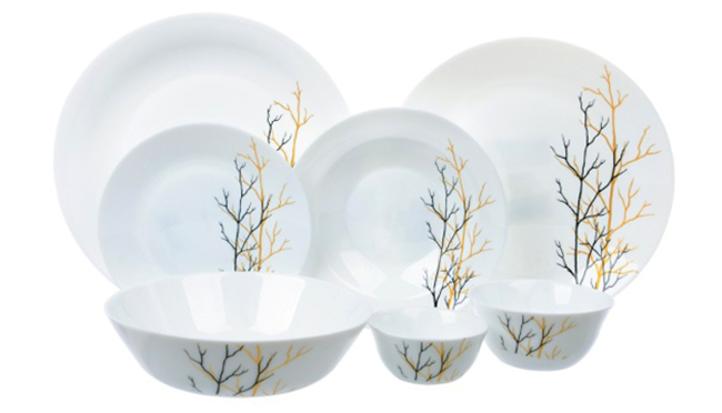Тарелки и чаши из опалового стекла