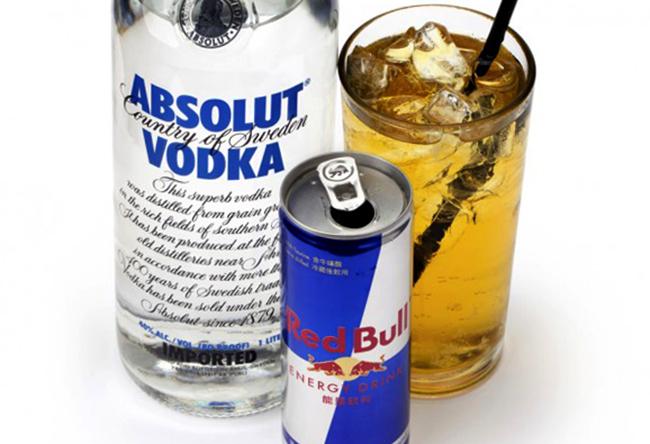 Алкоголь и энергетик